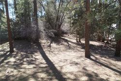 Photo of 0 Tannenbaum Drive, Big Bear Lake, CA 92315 (MLS # 3183690)