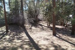 Photo of 0 Tannenbaum Drive, Big Bear Lake, CA 92315 (MLS # 31892038)