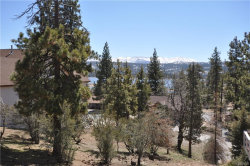 Photo of 39384 Garden Place, Fawnskin, CA 92333 (MLS # 31901321)