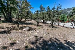 Photo of 42689 Timberline Trail, Big Bear Lake, CA 92315 (MLS # 31906412)
