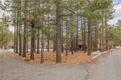 Photo of 39942 Lakeview Drive, Big Bear Lake, CA 92315 (MLS # 31912554)