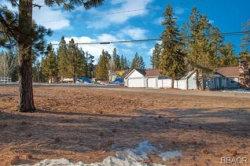 Photo of 637 Edgemoor Rd., Big Bear Lake, CA 92315 (MLS # 32000043)