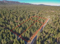 Photo of 0 Shenandoah Way, Big Bear City, CA 92314 (MLS # 32002494)