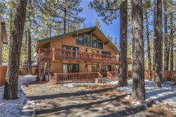 Photo of 590 Summit Boulevard, Big Bear Lake, CA 92315 (MLS # 31902391)