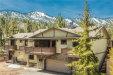 Photo of 43827 Yosemite Drive, Big Bear Lake, CA 92315 (MLS # 3171396)