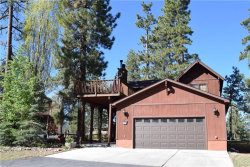 Photo of 39629 Forest Road, Big Bear Lake, CA 92315 (MLS # 3171769)