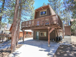 Photo of 693 Berkley Lane, Big Bear Lake, CA 92315 (MLS # 3172913)