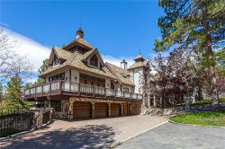Photo of 848 Jeffries Road, Big Bear Lake, CA 92315 (MLS # 3173000)