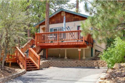 Photo of 724 Victoria Lane, Sugarloaf, CA 92386 (MLS # 3173332)