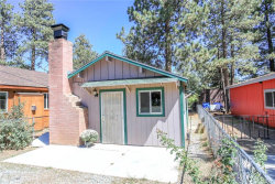 Photo of 523 San Bernardino Avenue, Sugarloaf, CA 92386 (MLS # 3173909)