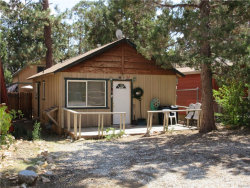 Photo of 731 San Bernardino Avenue, Sugarloaf, CA 92386 (MLS # 3173912)