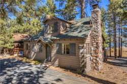 Photo of 40230 Lakeview Drive, Big Bear Lake, CA 92315 (MLS # 3174146)