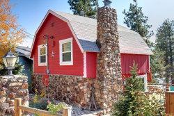 Photo of 39609 Lake Drive, Big Bear Lake, CA 92315 (MLS # 3175189)