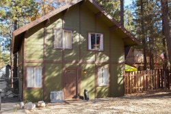 Photo of 345 Maple Lane, Sugarloaf, CA 92386 (MLS # 3175271)