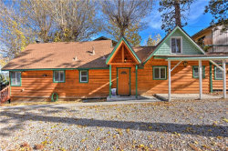 Photo of 40330 Lakeview Drive, Big Bear Lake, CA 92315 (MLS # 3175389)