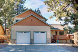 Photo of 41779 Garstin Drive, Big Bear Lake, CA 92315 (MLS # 3180176)