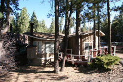 Photo of 42976 Sunset Drive, Big Bear Lake, CA 92315 (MLS # 3182473)