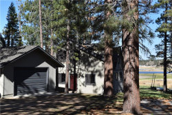 Photo of 423 Gibralter Lane, Big Bear Lake, CA 92315 (MLS # 3183674)