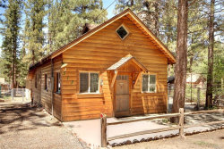 Photo of 517 Rainbow Boulevard, Big Bear City, CA 92314 (MLS # 3185029)