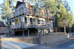 Photo of 316 Hilltop Lane, Big Bear City, CA 92314 (MLS # 3185089)