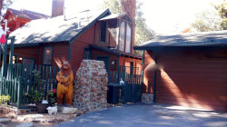 Photo of 817 Edgemoor Road, Big Bear Lake, CA 92315 (MLS # 3186273)