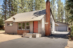 Photo of 41393 Eastwood Road, Big Bear Lake, CA 92315 (MLS # 3186345)