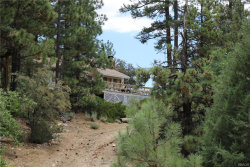 Photo of 39671 Flicker Road, Fawnskin, CA 92333 (MLS # 3186475)