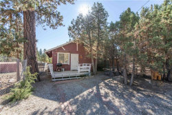 Photo of 820 Hart Lane, Big Bear City, CA 92314 (MLS # 3189010)