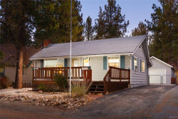 Photo of 39014 Bayview Lane, Big Bear Lake, CA 92315 (MLS # 31892041)