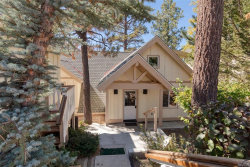 Photo of 39537 Lake Drive, Big Bear Lake, CA 92315 (MLS # 31892043)