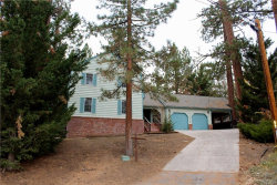 Photo of 41605 Hummingbird Lane, Big Bear Lake, CA 92315 (MLS # 31893264)