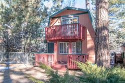 Photo of 433 Victoria Lane, Sugarloaf, CA 92386 (MLS # 31893378)