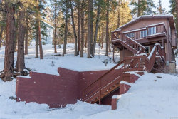Photo of 42929 Falls Avenue, Big Bear Lake, CA 92315 (MLS # 31900034)