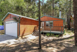 Photo of 563 Georgia Street, Big Bear Lake, CA 92315 (MLS # 31901145)