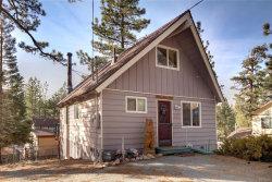 Photo of 422 Dixie Lane, Big Bear Lake, CA 92315 (MLS # 31901163)