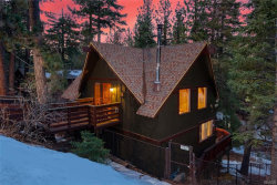 Photo of 42942 Falls Avenue, Big Bear Lake, CA 92315 (MLS # 31901176)