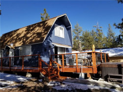 Photo of 336 Mullins Drive, Big Bear City, CA 92314 (MLS # 31901226)