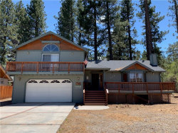 Photo of 304 Andes Lane, Big Bear Lake, CA 92315 (MLS # 31901327)
