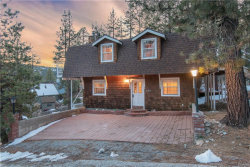 Photo of 634 Catbird Lane, Big Bear Lake, CA 92315 (MLS # 31902418)