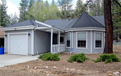 Photo of 449 Mountainaire Lane, Big Bear Lake, CA 92315 (MLS # 31905028)