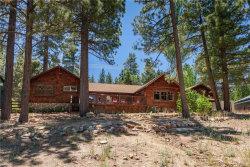 Photo of 40218 Lakeview Drive, Big Bear Lake, CA 92315 (MLS # 31906340)