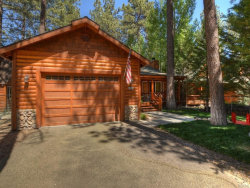 Photo of 932 Nana Avenue, Big Bear Lake, CA 92315 (MLS # 31906481)