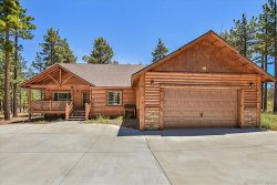Photo of 1520 Fallbrook Court, Big Bear City, CA 92314 (MLS # 31906519)