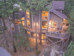 Photo of 39076 Waterview Drive, Big Bear Lake, CA 92315 (MLS # 31907628)