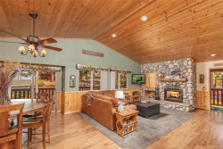 Photo of 128 Crater Lake Drive, Big Bear Lake, CA 92315 (MLS # 31907862)
