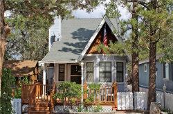 Photo of 315 Santa Barbara Avenue, Sugarloaf, CA 92386 (MLS # 31907945)