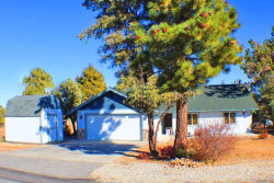 Photo of 187 Dixie Lee Lane, Sugarloaf, CA 92386 (MLS # 31910354)