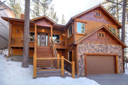 Photo of 734 Tehama Drive, Big Bear Lake, CA 92315 (MLS # 31911403)