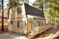 Photo of 41438 Oak Street, Big Bear Lake, CA 92315 (MLS # 31911407)