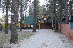 Photo of 423 Mountainaire Lane, Big Bear Lake, CA 92315 (MLS # 31912523)